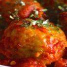 Сенегальские-рыбные-шарики-с-острым-соусом